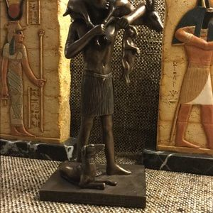 Egyption - Hunter.